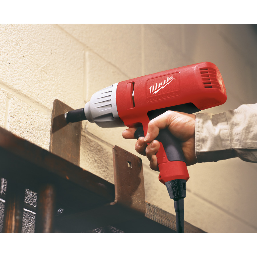 ... Application Example · Preview: Milwaukee Impact Wrench IPWE 520 RQ, Application Example ...